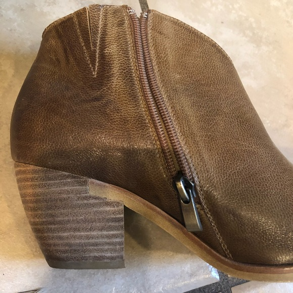 928bb890f416 Antelope Shoes - Antelope Booties size 37